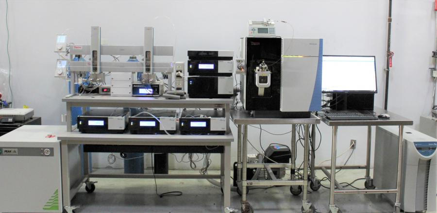 CAP LAB ANALYTIQUES UHPLC System 1
